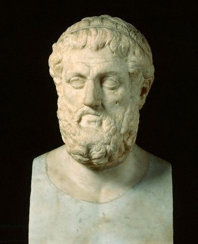 oedipus rex and aristotle Aristotle explains that such a change is crystal clear in oedipus rex there, we see a messenger coming to oedipus to reassure him about his mother eventually, though, he accidentally reveals who oedipus really is and sets in motion the terrible ending.