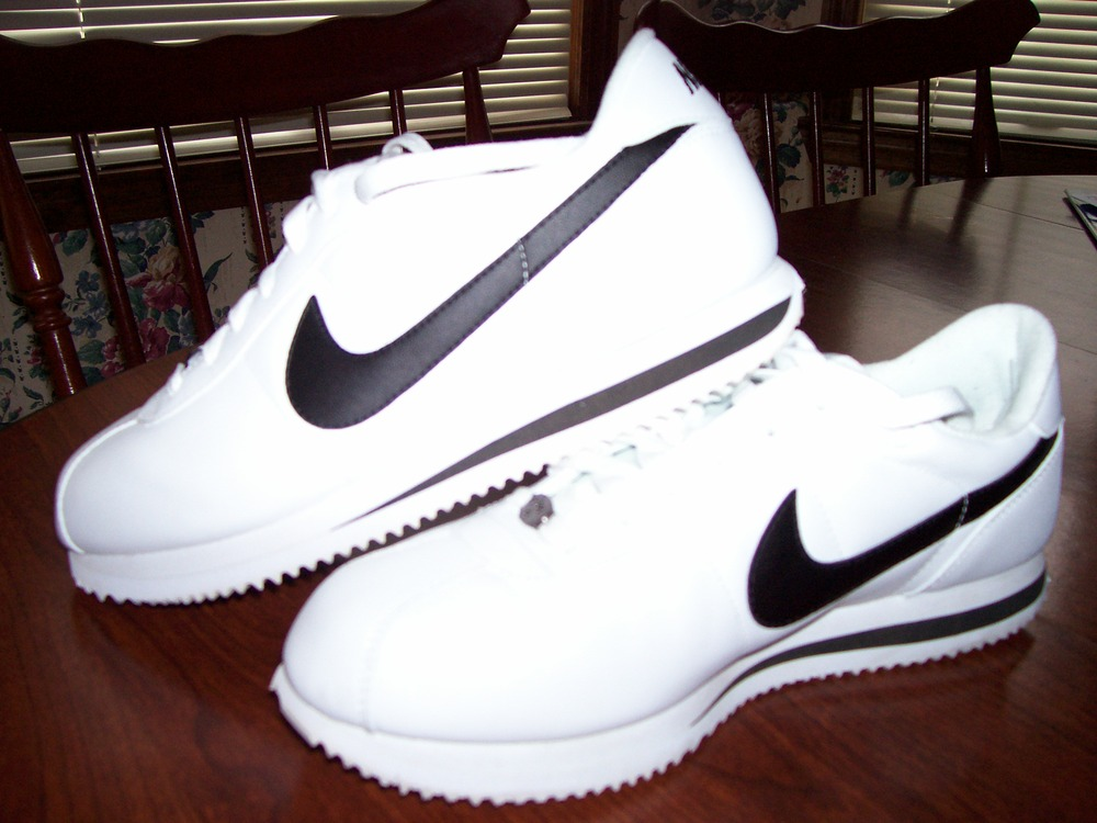 imagenes d zapatos nike cortez