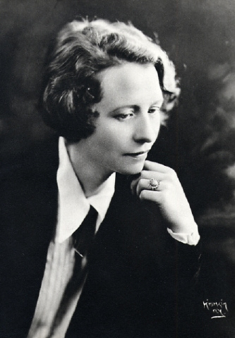 Edna St Vincent Millay loving you less than life