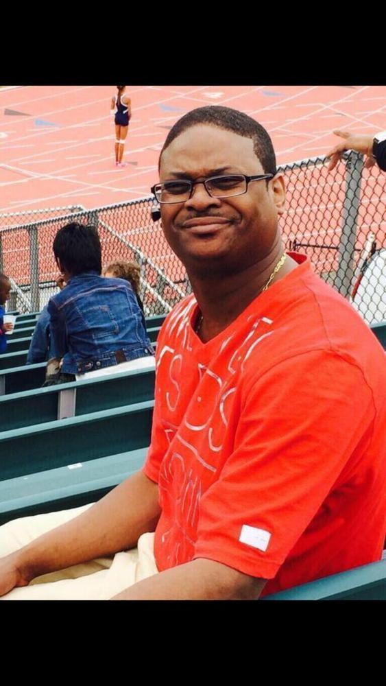 Funny Black Guy With Glasses Meme : I dare yout to press ctrl v genius