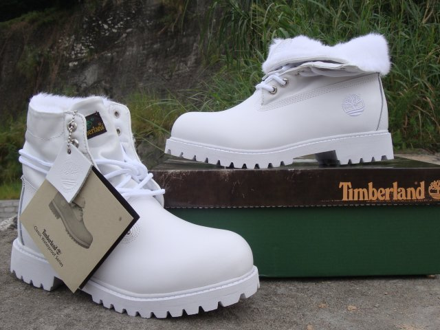 Show 'em white gold, sorta hold it like my timbs – Chain ...
