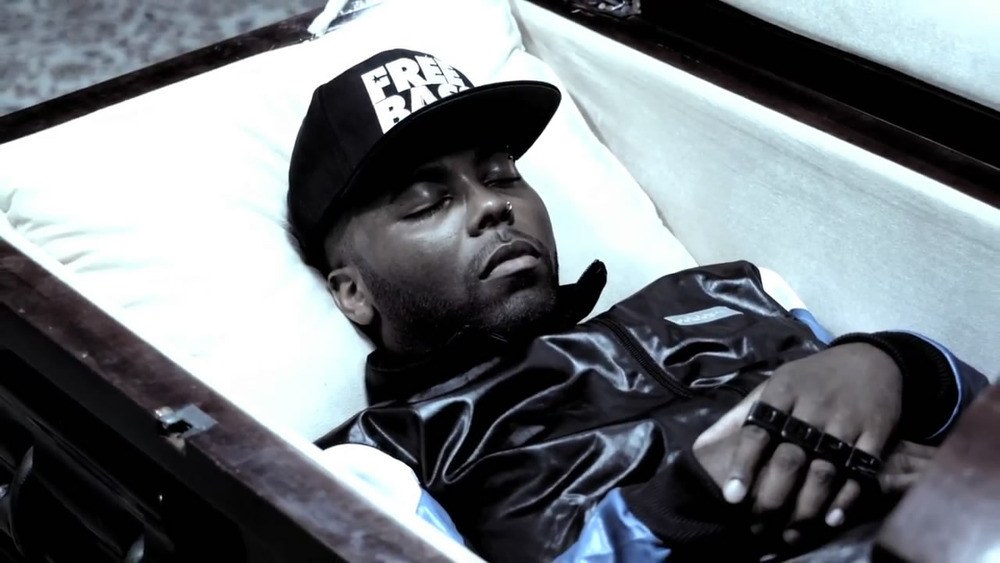 Easy E Funeral: Jarren Benton – Gimme The Loot Lyrics
