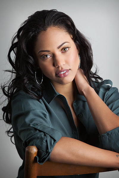 Ayesha curry chef curry with the pot lyrics genius for Ayesha curry cookware