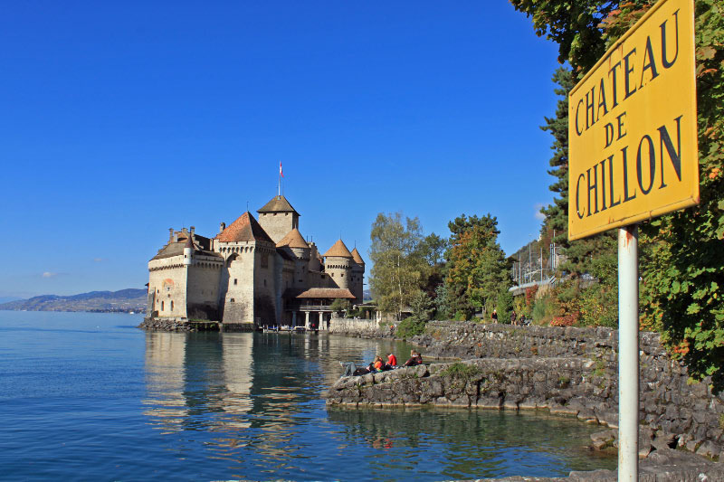 suffering and freedom in the prisoner of chillon by lord byron The story of françois bonivard, a sixteenth-century swiss patriot and political prisoner in the château's dungeon, inspired byron to compose one of his most popular poems, the prisoner of chillon the work represents byron's finest verse tale.