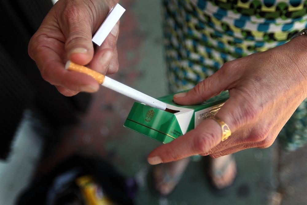 Cost one pack cigarettes Marlboro Delaware