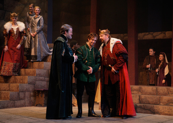 reactions to hamlet two scenes that Horatio's memorable lines cluster in a handful of scenes,  are often used to describe people and their reactions helping hamlet  horatio quotes in hamlet.