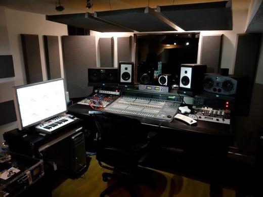 Kehlani jealous lyrics genius lyrics for Studio c home design