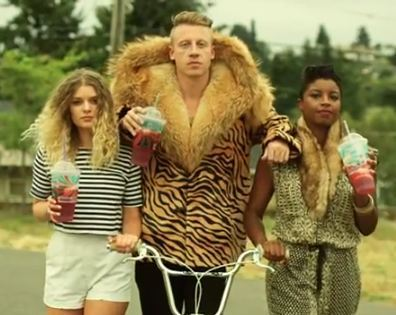 Thrift Shop Feat. Wanz With Lyrics by Macklemore x Ryan ...