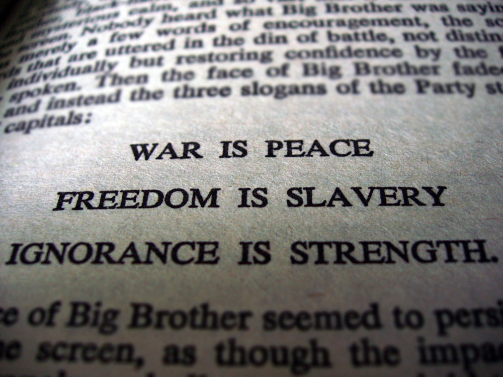 George Orwell – Nineteen Eighty-Four (Book 1, Chapter 1