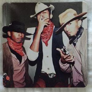 Miguel – U R On My Mind обложка